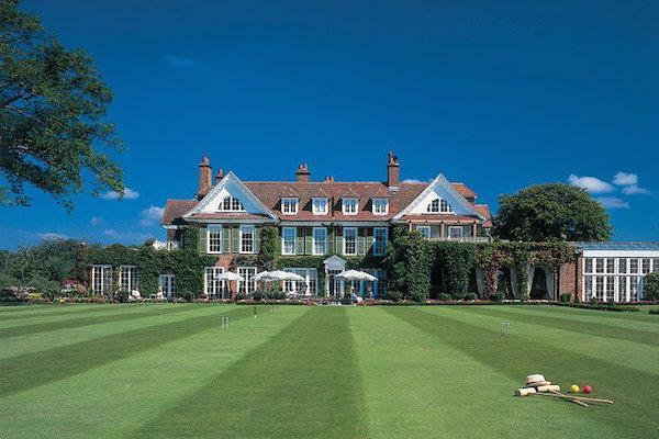 Chewton Glen: top British hotel a stone's throw from Lymington