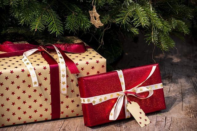Lymington & Christmas gifts to employees