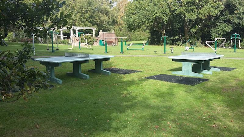 Table tennis tables in Lymington Woodside Gardens