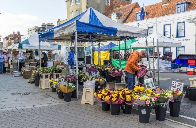 lymington pennington town council charter market flowers