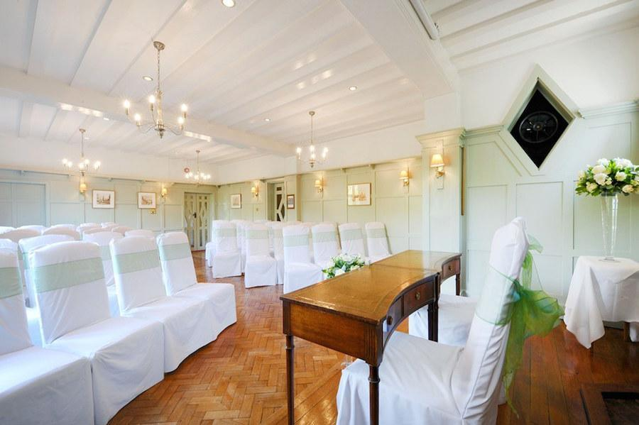 How to plan the perfect small wedding in the New Forest