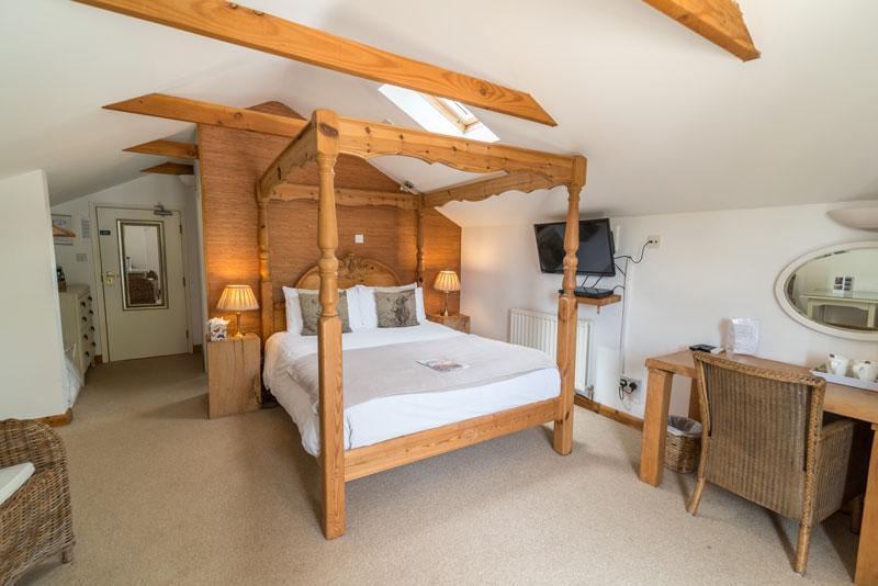 Cottage Lodge Hotel - James Hill room