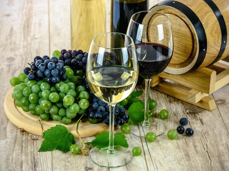 Wine with grapes