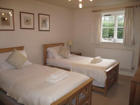 Japonica Cottage twin bedroom