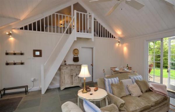 Oak Tree Cottage living room